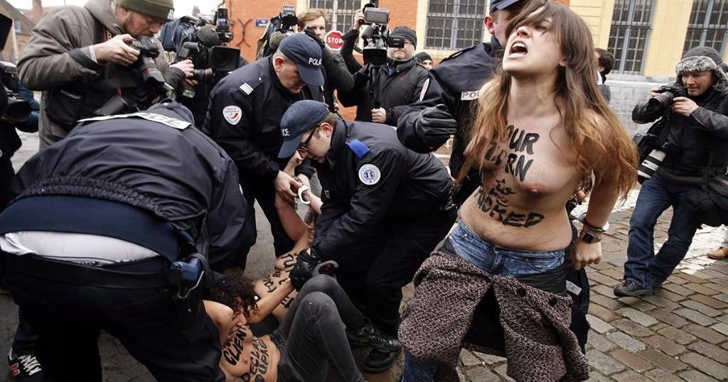 protesta chomsky