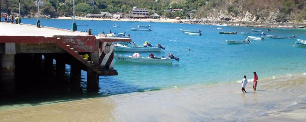Playas extranas puerto angel