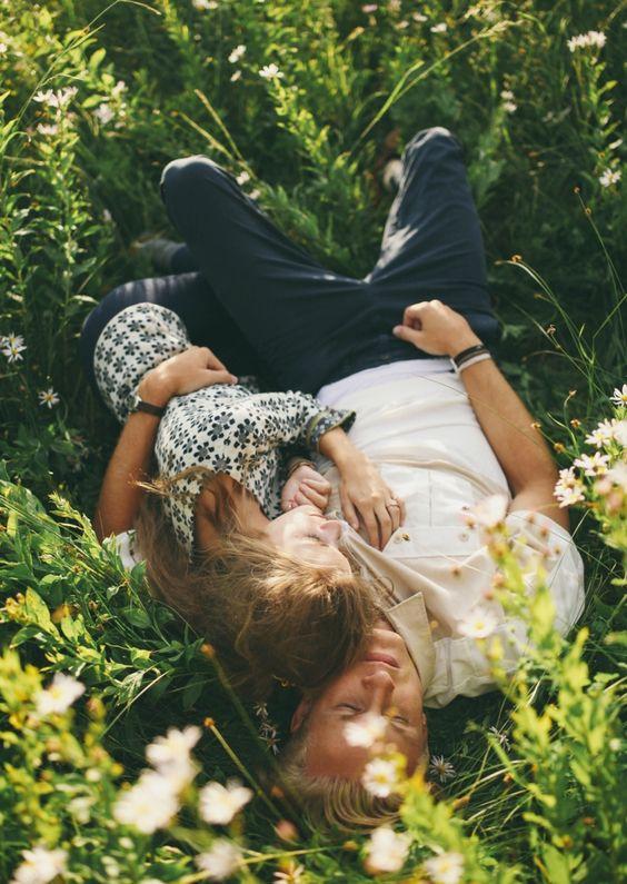 Amor pareja flores