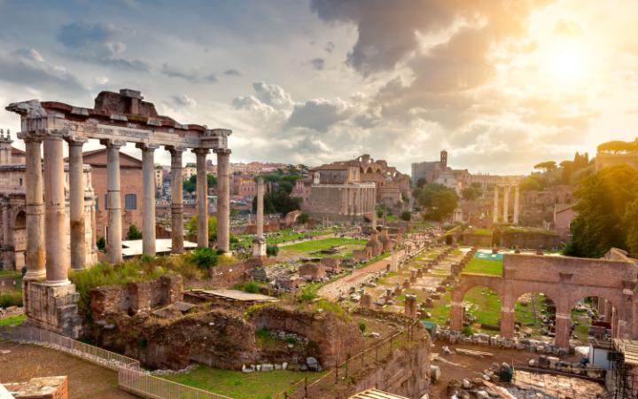 Roma templo Saturno Ciudad favorita