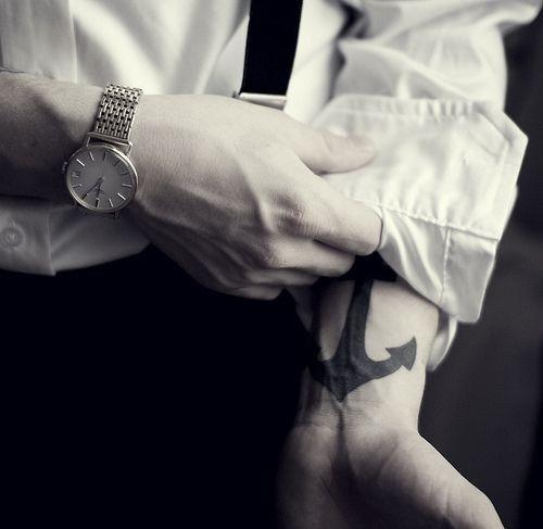 ancla tatuajes para hombre