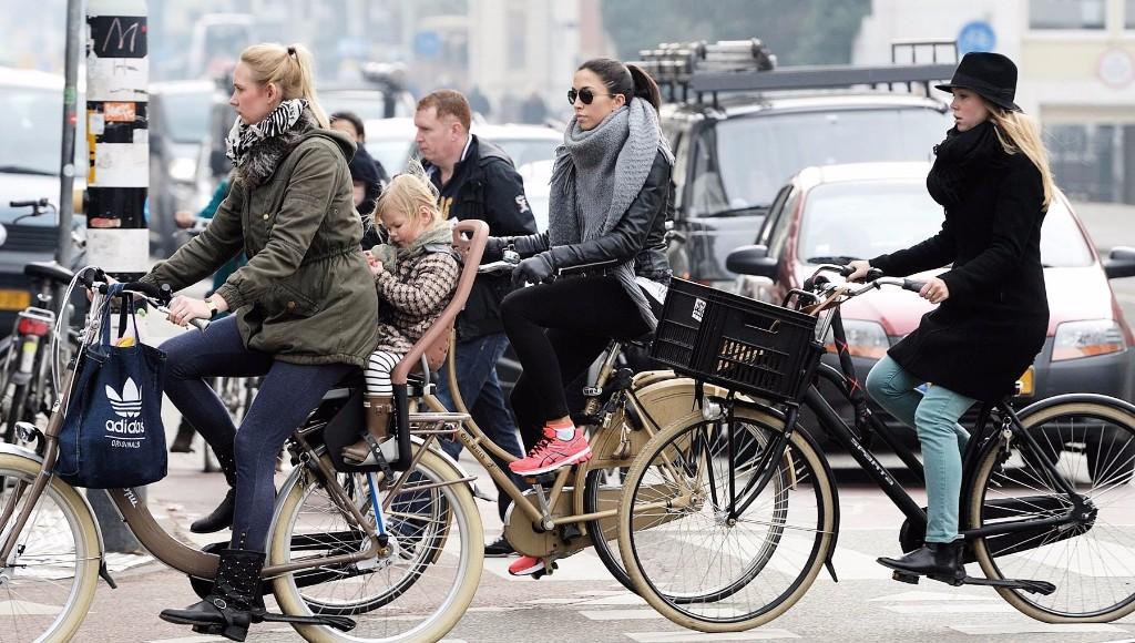 glamour en bici en amsterdam