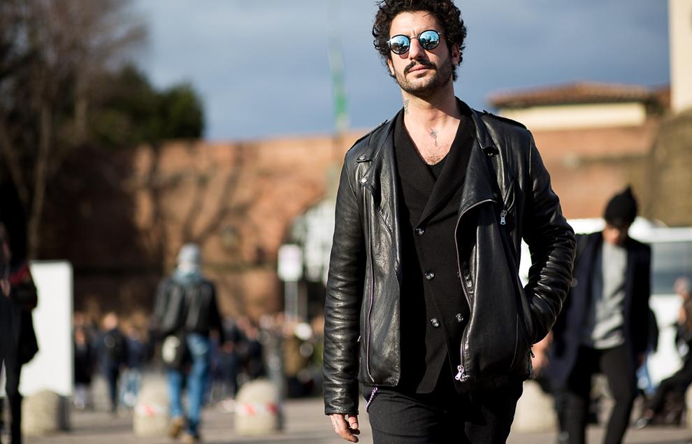 hombres con estilo Estambul negro