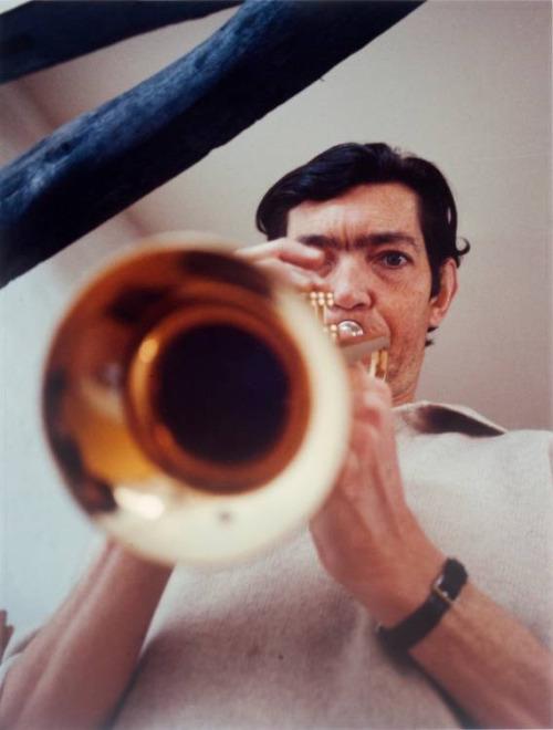 Julio con trompeta   leer Rayuela