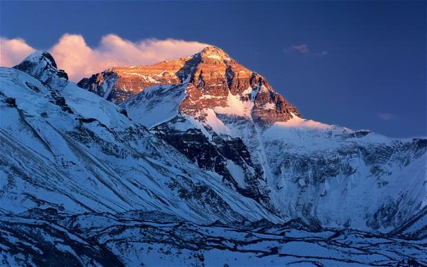 la rutina Everest cima