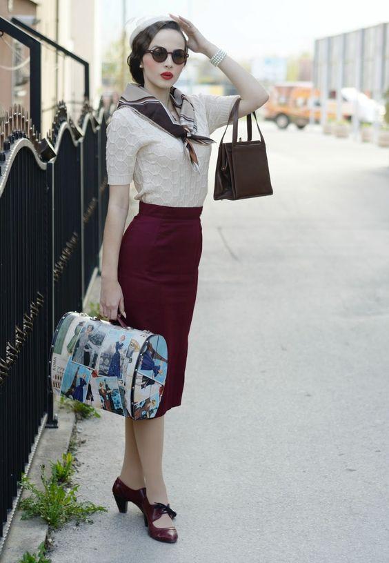 mujer vintage falda larga cintura y manga larga