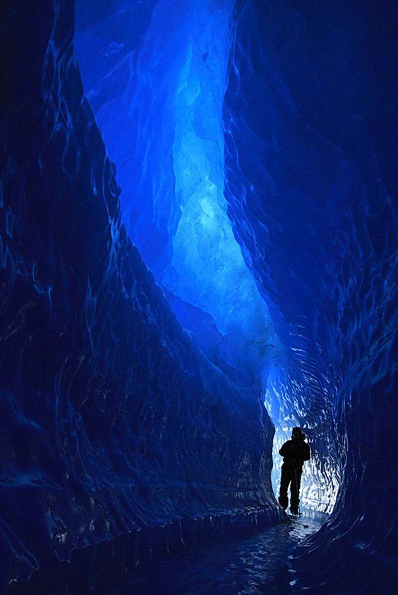 Terowongan Di Kutub Selatan – Tempat Ini Menjadi Misteri Para Peneliti. Kok Bisa ?