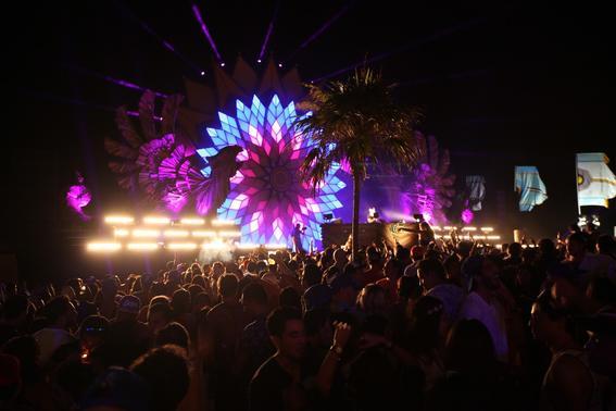 Corona Sunsets concierto