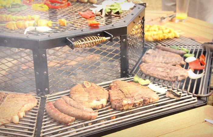 carne asada mesa