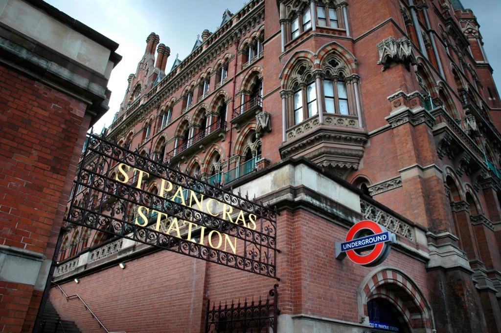 cuanto cuesta viajar a europa London St. Pancras