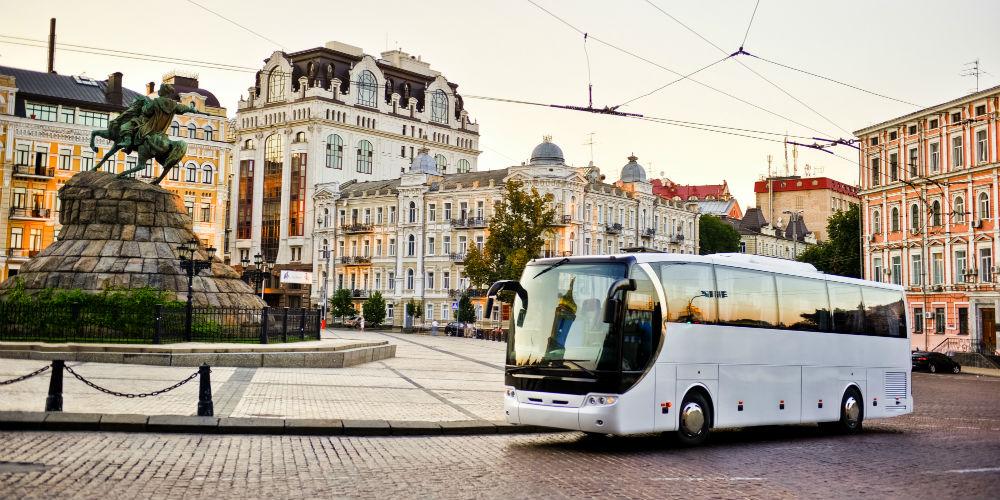 cuanto cuesta viajar a europa bus
