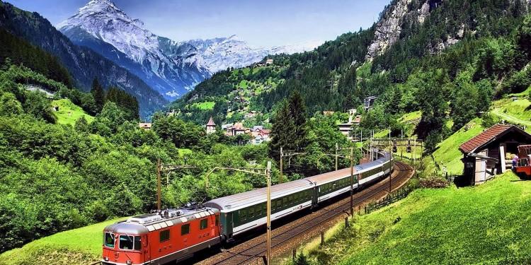 cuanto cuesta viajar a europa tren