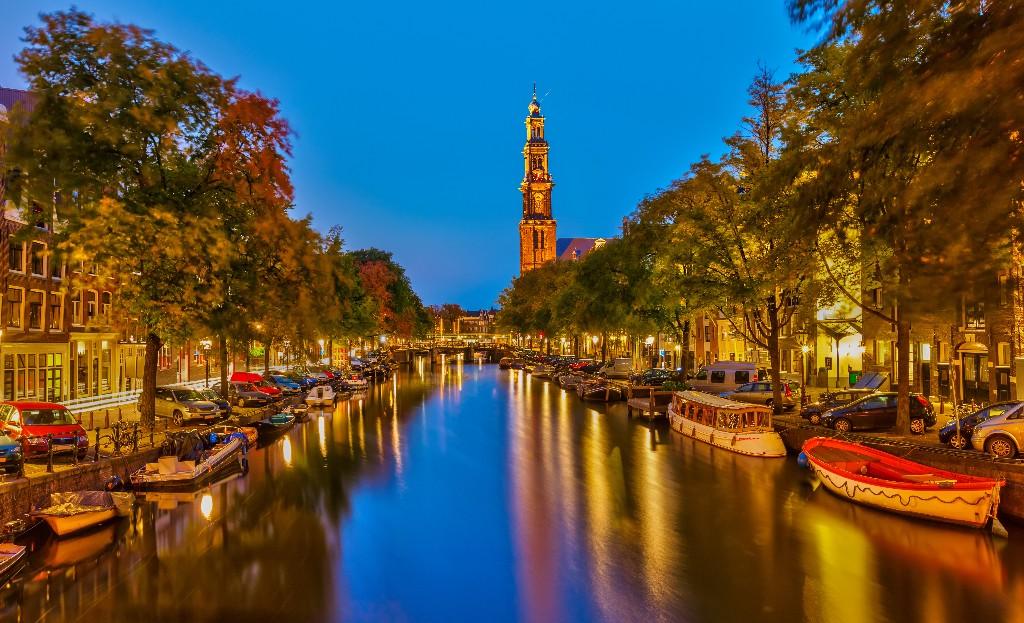 destinos europeos Amsterdam canal