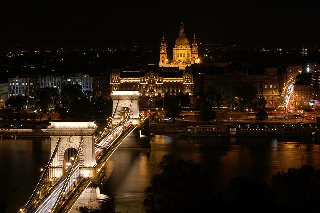 destinos europeos budapest noche