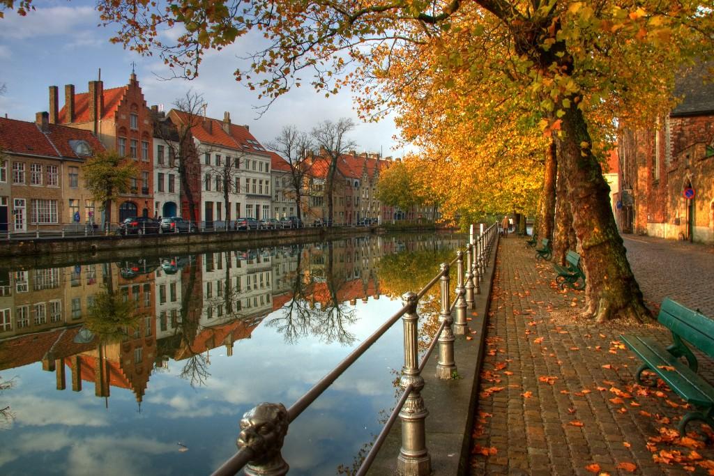 destinos europeos brujas canal