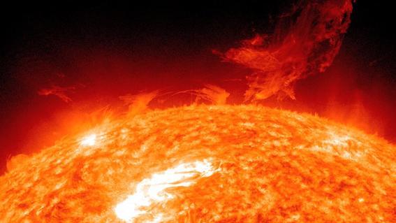 mitos del espacio Sol