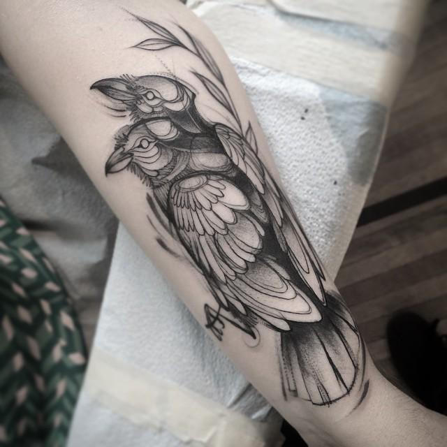 sketch tattos ave brazo