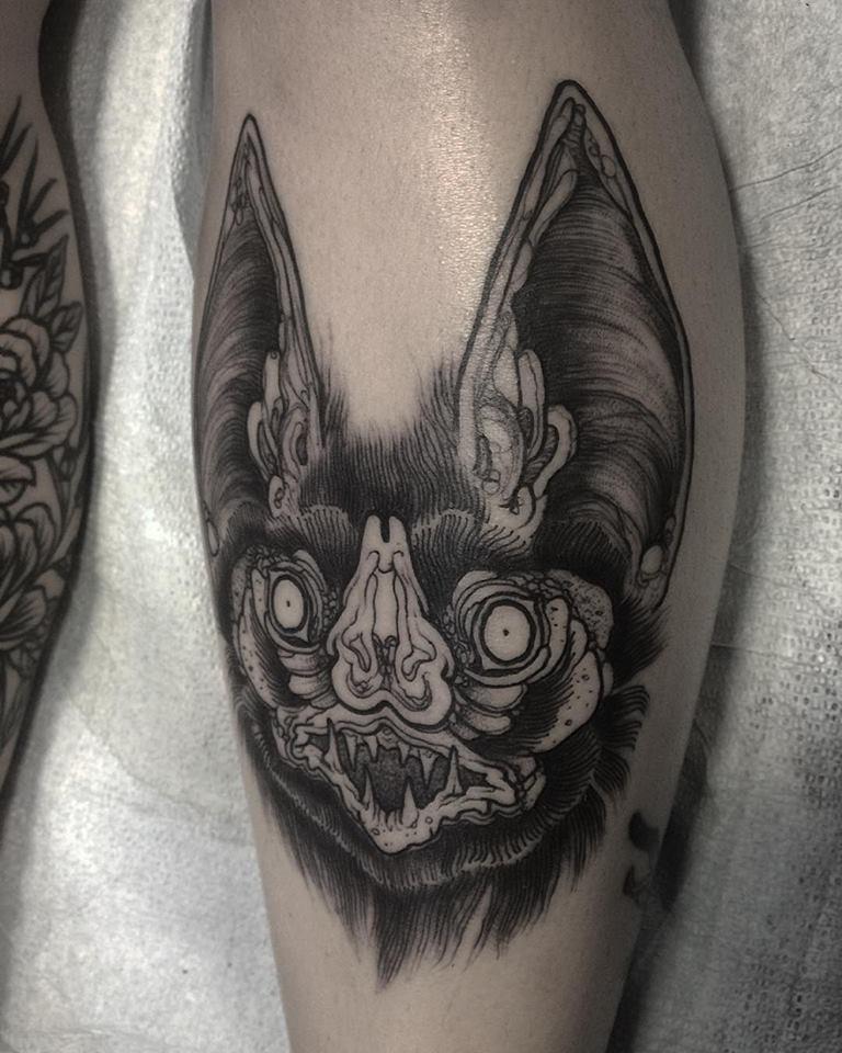 sketch tattos murcielago