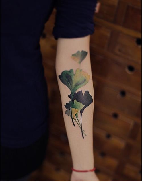 tatuajes japoneses brazo azul
