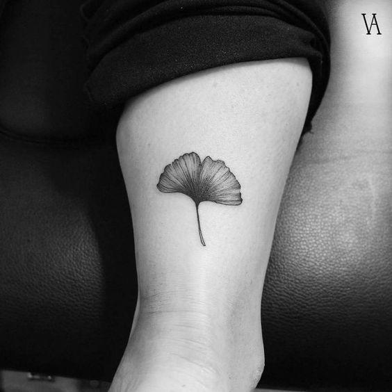 tatuajes japoneses hoja sola