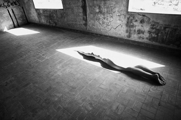 viktoria kollerova cuerpo luz