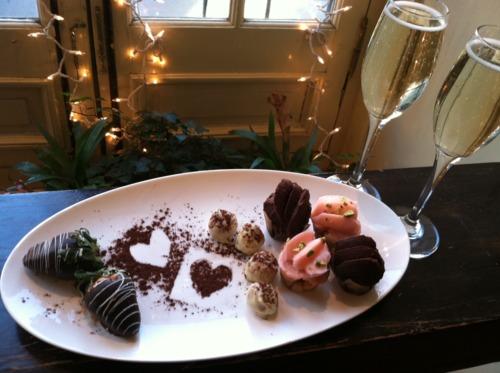 C mo preparar una cena rom ntica y elegante con poco - Detalles para cena romantica ...