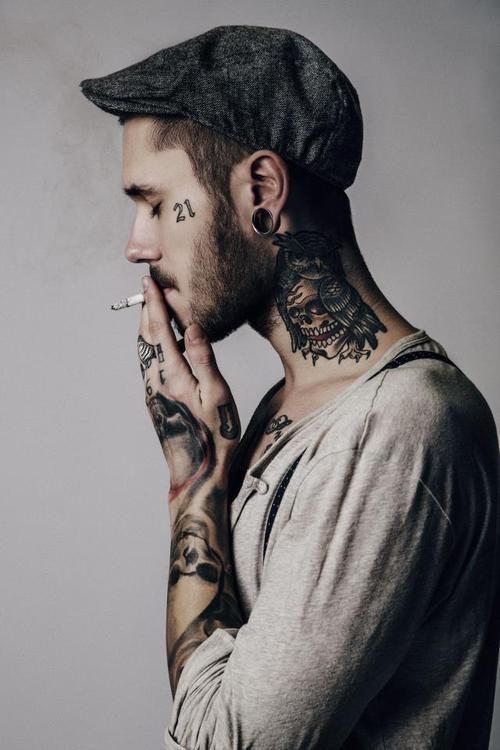 Tatuajes En El Cuello Que Detonan La Sensualidad De La Anatomia