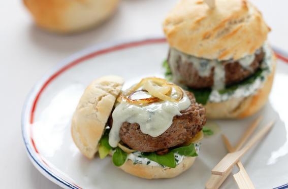 platillos franceses / mini hamburguesas roquefort