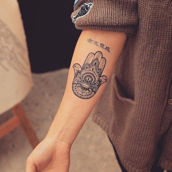 30 Hamsa Tattoos That Will Brighten Your Soul Generales Generales