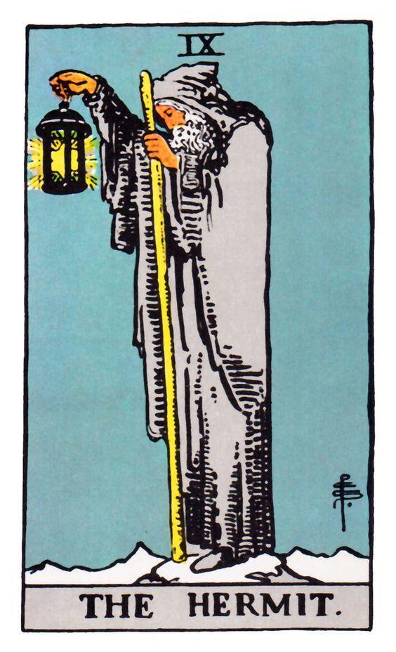 arquetipos del tarot ermitaño