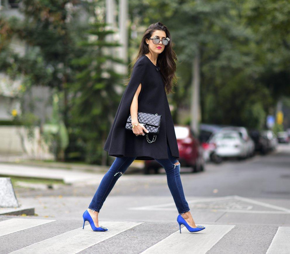 elegant women posture