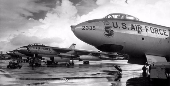 bombas nucleares / guerra fría