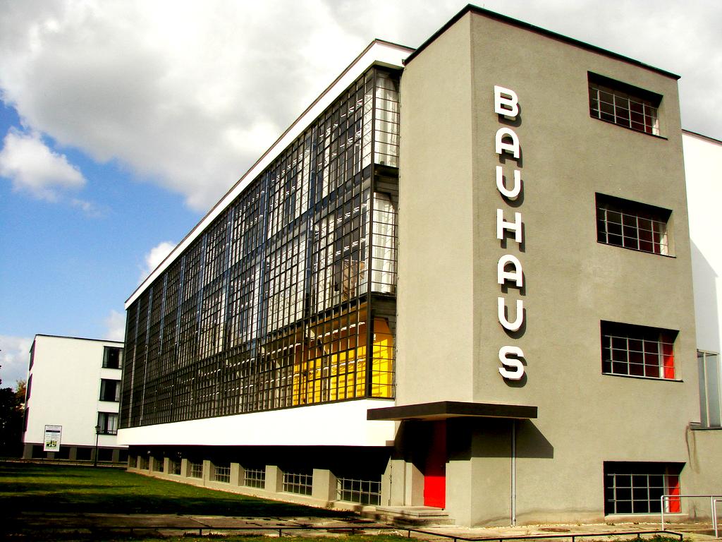 De la forma a la función Walter Gropius y la escuela de la Bauhaus Diseño