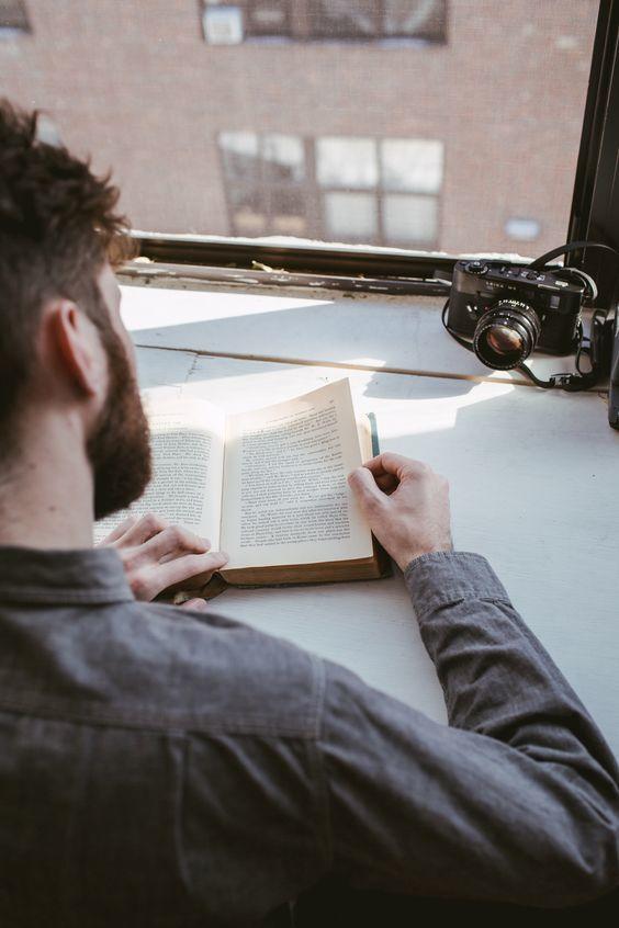 Libros que es necesario leer antes de cumplir 30 porque explican lo más importante de la vida
