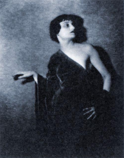 Dadaist women Clara Tice