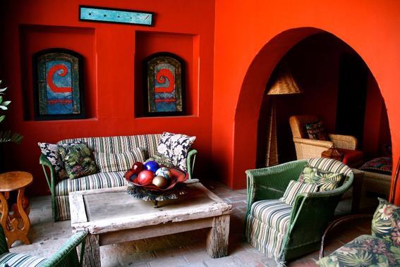 Consejos para decorar tu casa con un estilo mexicano y for Muebles para hoteles