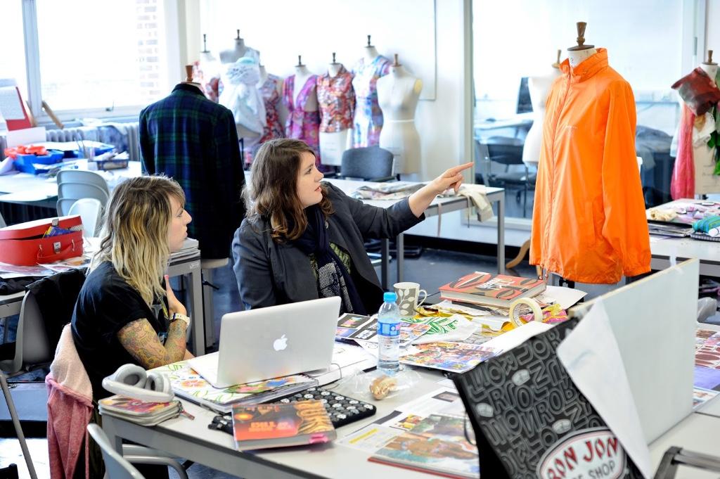 Las mejores 30 escuelas para estudiar moda viajes Fashion design schools in philadelphia