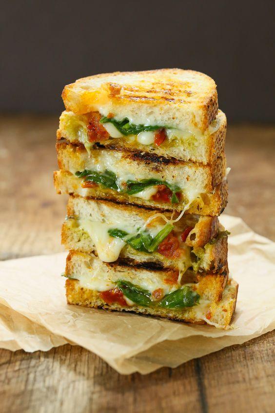 as aunque cada invitado slo pueda comer uno recordar siempre la textura y los sabores de esos premiere ideas para cena queso with ideas para cena