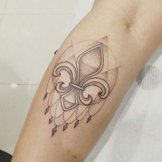 Los 7 Símbolos Que Te Puedes Tatuar Para Liberar Tu Mente Diseño