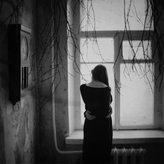 Anka Zhuravleva mujer espalda