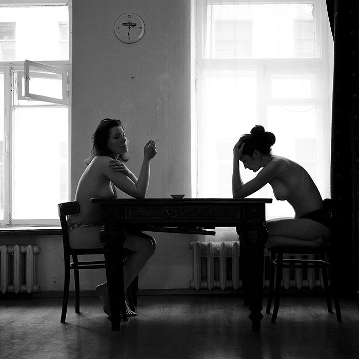 Anka Zhuravleva mujeres fumando