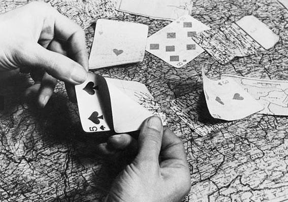 Maps Card Games Magic Nazis
