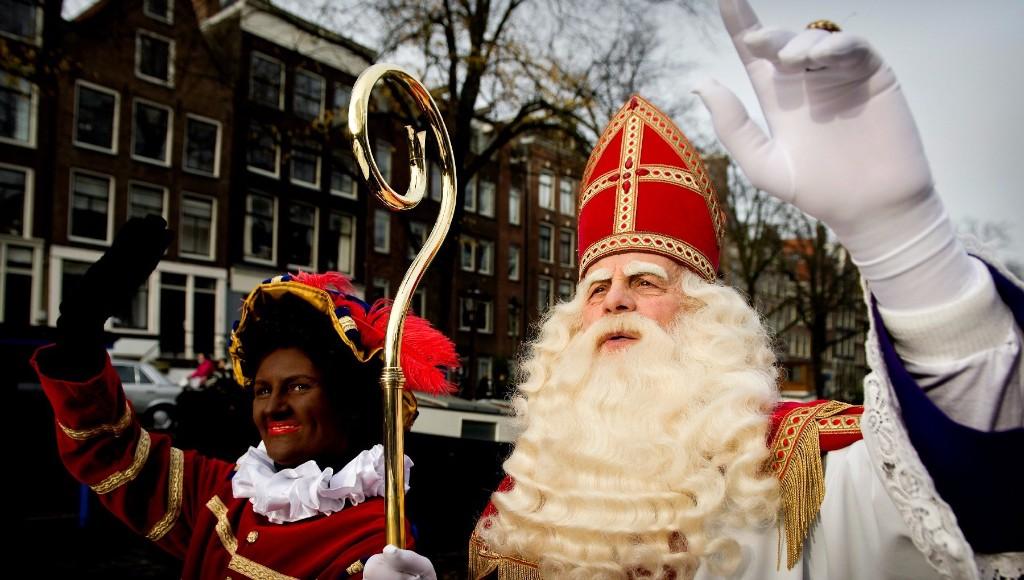 Historia de Santa Claus Sinterklaas & Zwarte Piet