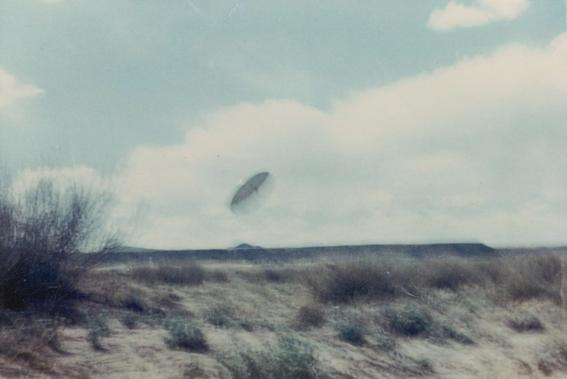 alien interaccion  con ovnis