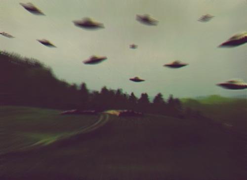 alien trip interaccion con