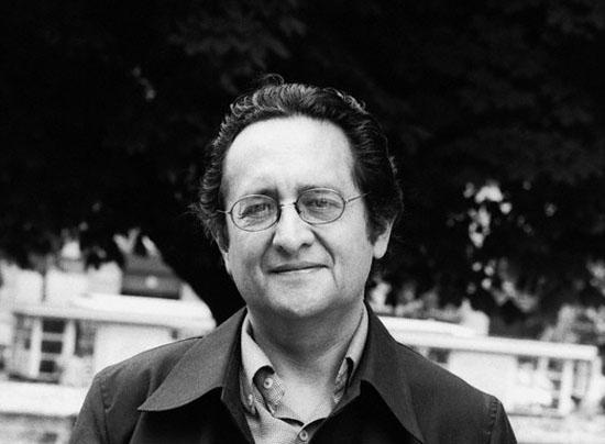 escritores de américa latina