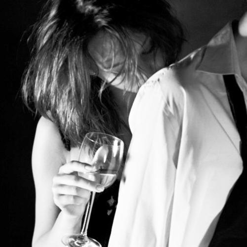 pareja copa de vino