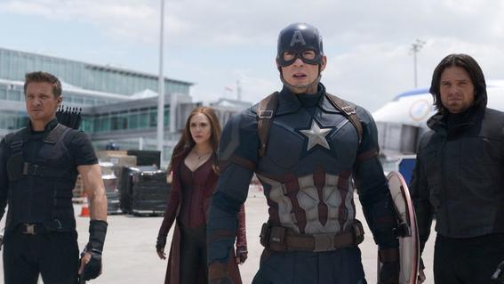 cine de superheroes 4