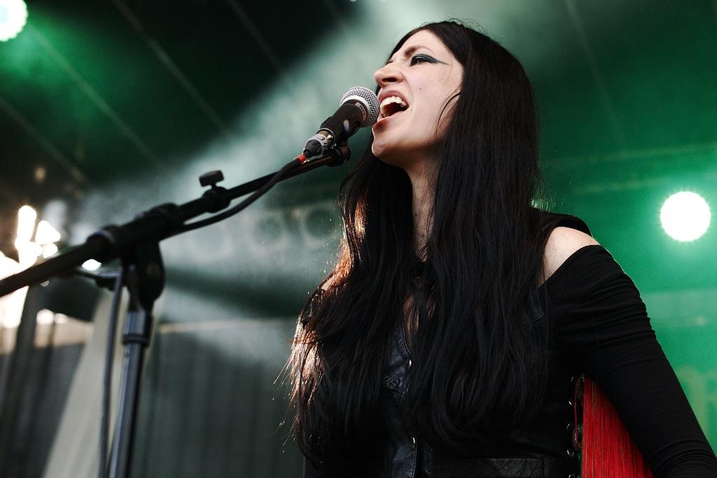 mujeres lideres de bandas de rock