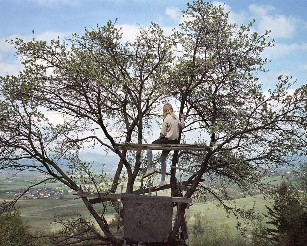 Anna Grzelewska young womanhood tree house